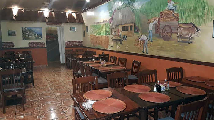 interior of La Taverna Cubana in Valley Village